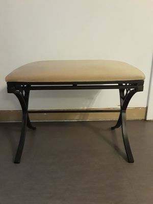 BENCH NEW CONDITION, HEIGHT 19.5 INCHES , WIDTH 24 INCHES , DEPTH 16 INCHES for Sale in Sunrise, FL