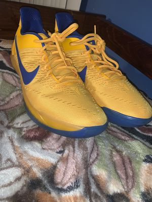 Nike Zoom Yellow and Blue Basketball Shoe for Sale in Hayward, CA