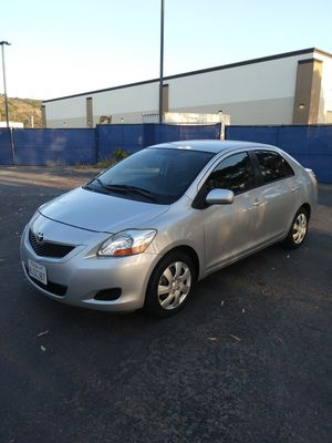 2010 toyota yaris CLEAN TITLE , 4cyl , automatic transmission, 4 door , excellent condition , 134780 miles , no mechanical issues for Sale in San Diego, CA