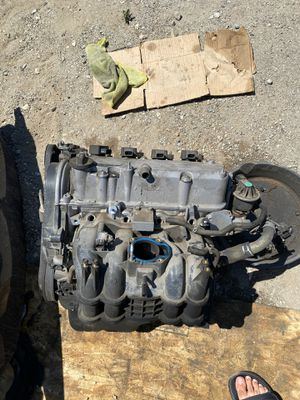 2003 Honda Civic LX Engine for sale. low compression on 1 cylinder for Sale in Rancho Cucamonga, CA