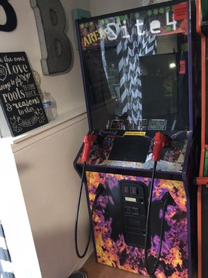 Area 51 Site 4 Arcade Game for Sale in Puyallup, WA
