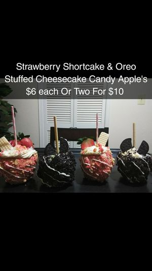 Cheesecake Stuffed Candy Apple's for Sale in Montgomery, AL