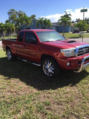 2009 Toyota Tacoma private owner for Sale in Miami, FL