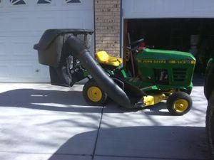 Jhonn Deer Garden tractor. Mower. 6 speed. New battery new bagger. Always garaged. $600obo. for Sale in Wheat Ridge, CO