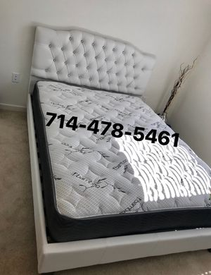 QUEEN BED & Mattress for Sale in San Diego, CA