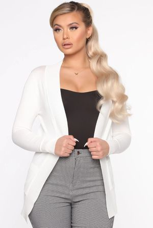 size LG ivory white cardigan w/ ribbed edges for Sale in Arlington, TX