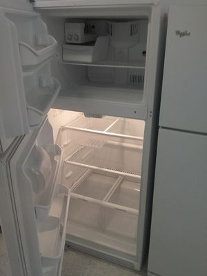 Kenmore top and bottom refrigerator used good condition 90days warranty for Sale in Mount Rainier, MD