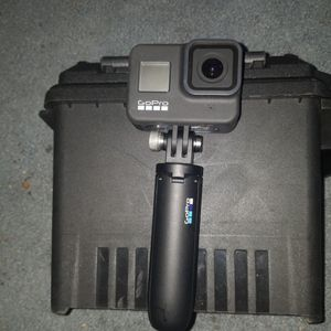 Gopro Hero 8 Black With Tripod And Grip Combo, 2 Batterys And Head Mount for Sale in Mogadore, OH