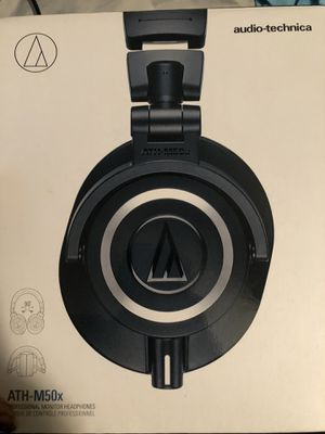 Audio-Technica ATH-M50X Black 3.5mm Jack/Bluetooth Wireless Over-Ear Headphones for Sale in Murfreesboro, TN