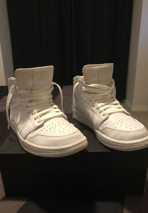 Retro 1 Triple White Mid Air Jordan 8.5 for Sale in Lake Grove, OR