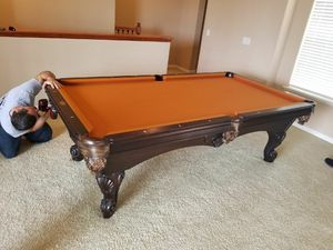 Like New High-end pool table for Sale in Alafaya, FL