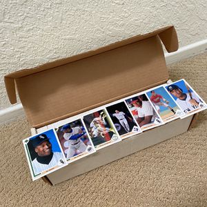 1991 Upper Deck Baseball Cards $10 (Not Free) for Sale in Huntington Beach, CA