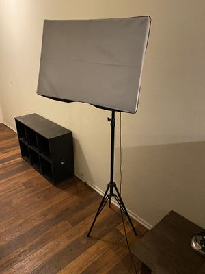2 studio lights for Sale in Los Angeles, CA