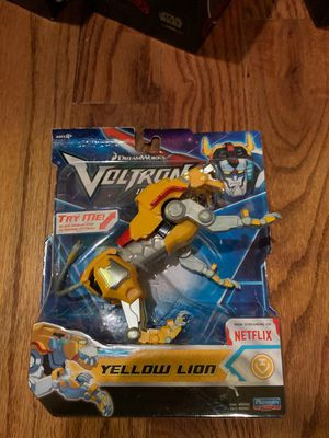 DreamWorks- Voltron Legendary Yellow Lion Basic Action Figure for Sale in Wake Forest, NC