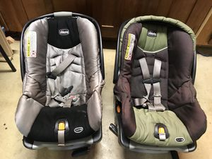 2 Chicco Key Fit 30 Kids Car Seats for Sale in Eugene, OR