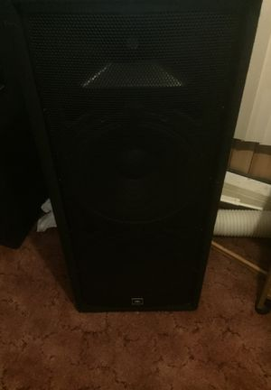 JBL Professional cabinet speakers 15 inch for Sale in Mill Hall, PA