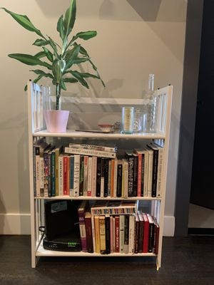 White bookcase for Sale in Brooklyn, NY