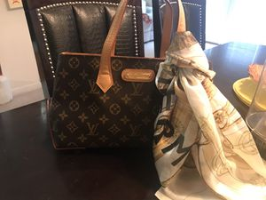 Louis Vuitton bag and scarf for Sale in Hapeville, GA