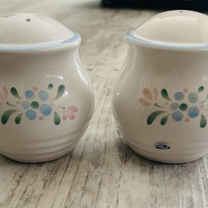 """Vintage made in Japan Fascino stoneware salt and pepper shakers set. Unused in original box with packing and pamphlet. No damage. Shakers are 3 1/2"""" t for Sale in Tacoma, WA"""