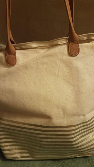 Cream Gold and Tan zipper tote for Sale in Lancaster, PA
