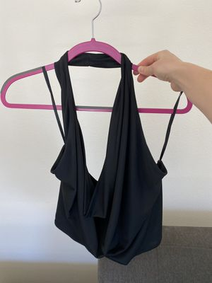 BCBG designer halter top (barely worn)! for Sale in Los Angeles, CA