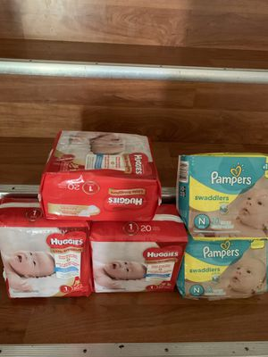 Baby Newborn & Size 1 pampers BRAND NEW IN PACKAGE for Sale in Gaithersburg, MD