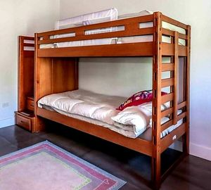 Like New! Rooms To Go Bunk Bed + 2 FREE twin IKEA mattresses for Sale in Hollywood, FL