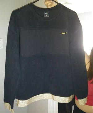 Womens Nike sweater for Sale in Lakewood, CO