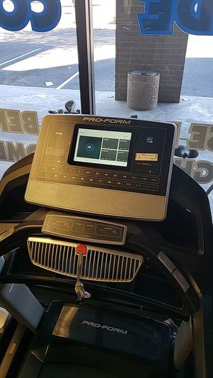 Proform pro 9000 treadmill for Sale in Glendale, AZ
