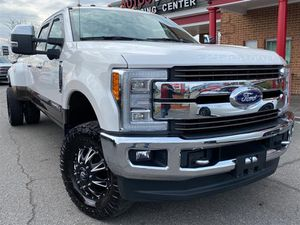 2017 Ford Super Duty F-350 DRW for Sale in Fredericksburg, VA