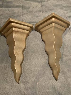 Pair of gold wall sconces for Sale in Hickory Creek, TX