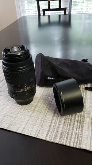 Nikon 55-300mm f4.5-5.6 for Sale in Columbia, SC