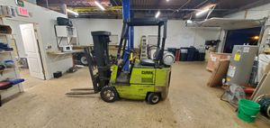 Clark forklift 3000lbs for Sale in Naperville, IL