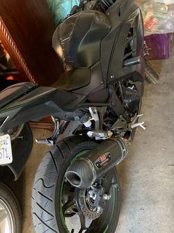 Kawasaki Ninja 300 ABS for Sale in Whittier,  CA