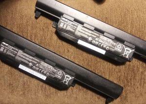 2 Laptop batteries $10 each for Sale in San Bernardino, CA