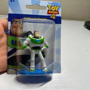 Disney Toy Story 4 Buzz Lightyear Figurine for Sale in Tampa, FL
