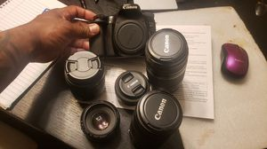 Canon 70D with 5 lens for Sale in Cleveland, OH