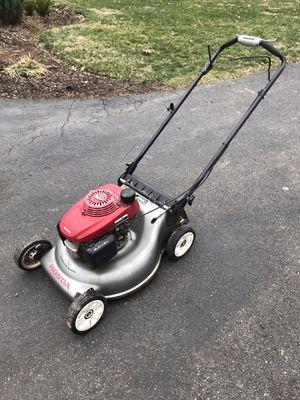 Honda lawn mower for Sale in Gaithersburg, MD