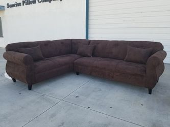 NEW 7X9FT BROWN FABRIC SECTIONAL COUCHES for Sale in San Diego,  CA