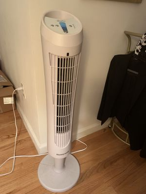 Tower fan for Sale in New York, NY