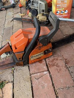 Husqvarna Chainsaw **needs Carb Work** for Sale in Winter Park,  FL