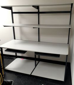6ft Workstation With Keyboard Trays for Sale in Columbus,  OH