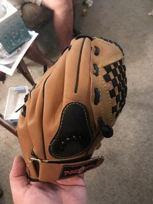 MacGregor T-Ball baseball glove 10 inch for Sale in Arlington, TX