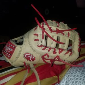 "13"" first base glove for Sale in Stockton, CA"