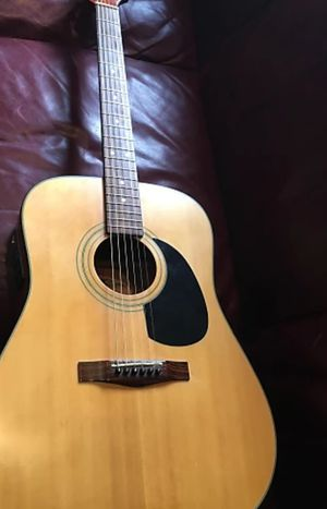 fender acoustic guitar ag10 sn for Sale in Peoria, IL