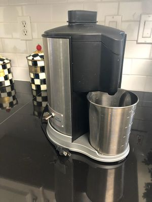 Juicer and extractor barely used for Sale in Davie, FL