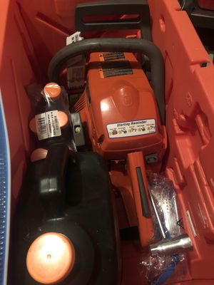 ** Husqvarna chainsaw * like new!! for Sale in West Richland, WA