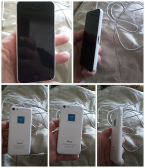 Iphone 5C and a new galaxy s5 case for Sale in Tacoma, WA