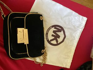 Authentic Michael Kors Black Velvet Satchel w/ Gold Chain for Sale in Burlingame, CA