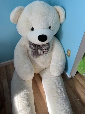 6ft Plush Teddy Bear for Sale in Capitol Heights, MD